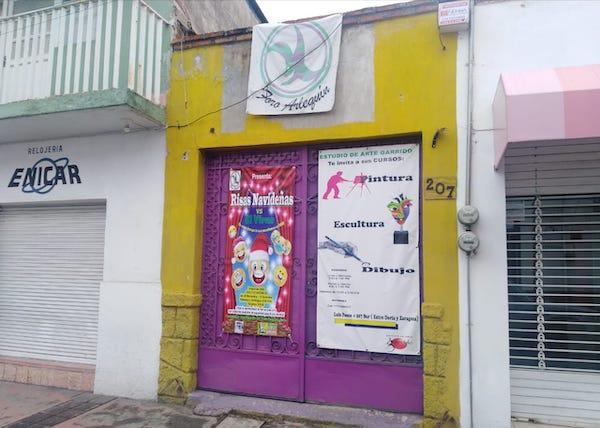 Foro Arlequín en la calle Luis Ponce 2007